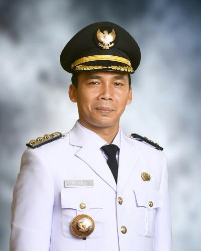 Dr. H. Wihaji, S.Ag., M.Pd. - Bupati Batang periode 2017 - 2022